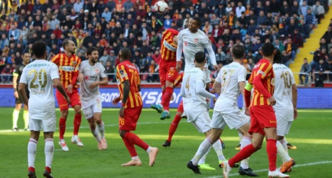 Hes Kablo Kayserispor,hazırlıklarını tamamladı . Demir Grup Sivasspor ile yarın Hes Kablo Kayserispor sahasında oynanacak maçın hazırlıkları tamamlandı.